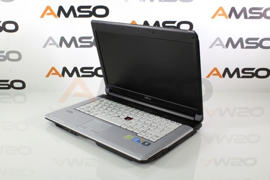 "PRZECENIONY Fujitsu S710 i3-330M 4GB 160GB RW 14"" Windows 7 Home L10"