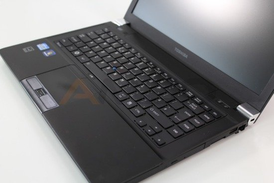 PRZECENIONY TOSHIBA R840-10z i5-2520M 4GB 160GB Windows 10 Home L9