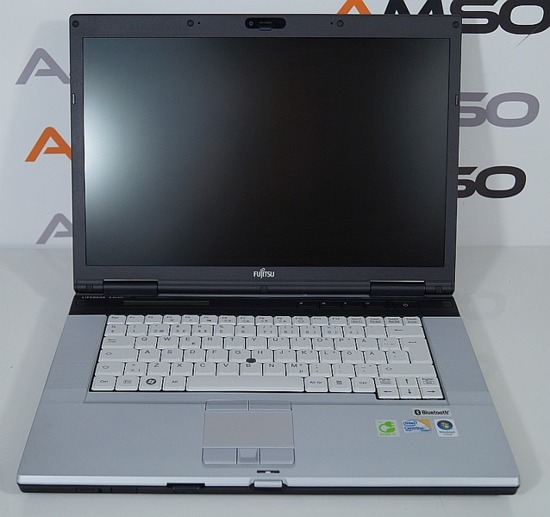 "Fujitsu E8420 C2D P8400 2,3 4GB 160GB  15"" Windows 7 Home PL"