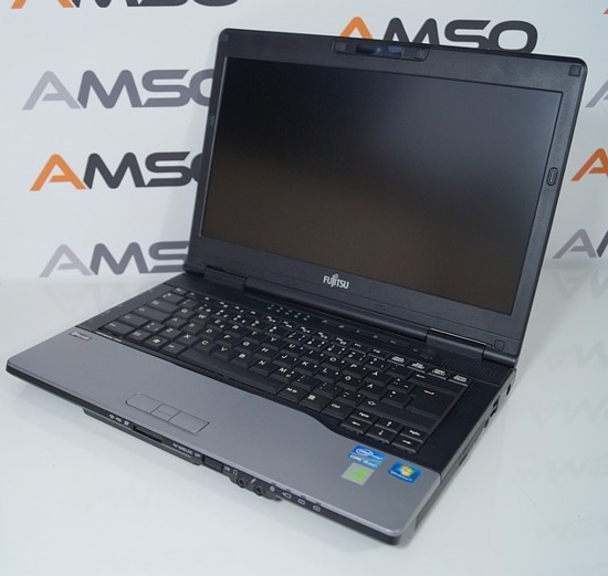 Fujitsu S782 Core i5-3320M  8GB 320GB Windows 7 Home Premium